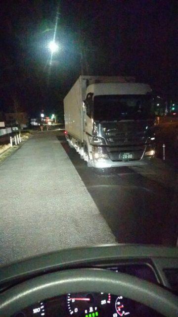 待機中のうちのトラック